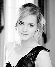 Ona jest wspaniała *.* zapraszam na moją tablicę :)