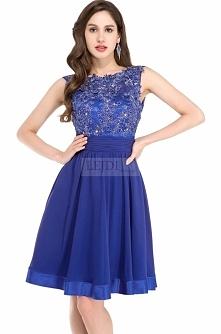 Chabrowa sukienka z gipiurą i kryształkami