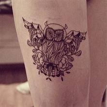 Sowa - symbol mądrości. Tatuaż.