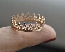 Pierścionek korona