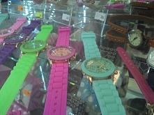 Żelowe zegarki ciągle w modzie?