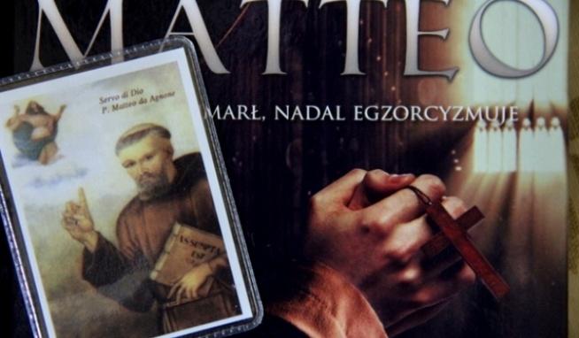 """Włoski zakonnik, niezwykły kaznodzieja i egzorcysta o. Matteo da Agnone umarł 31 października 1616 r. Podczas egzorcyzmów demon często powtarza, że umierając tego dnia zniszczył mu """"święto"""". Więcej informacji po kliknięciu w zdjęcie"""