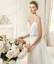 Bridal Gown - Style Pronovias Urcal Chiffon Beading Draping Mini V-Neck A-Line