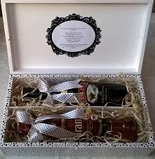 Skrzynka na alkohol, podwójna, idealna jako prezent na Ślub, Rocznicę, Poprawiny, itp. Pomieści alkohol dla Niej i dla Niego.