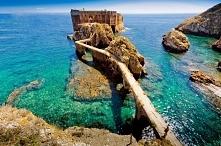 "Fort de Saint John the Baptist, Portugal Photo by Alex Astro Znajdz mnie na facebooku -> wpisz ""/Beautiful-Places-in-Europe-1110857042277351"" po facebook liknku"