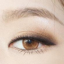 delikatny makijaż oka