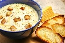 Zupa serowa przepis Składniki: - 2 cebule - 1 marchewka - kawałek selera - 3 ...