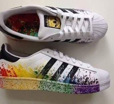 adidas Superstar Pride Pack </p>                     </div> 		  <!--bof Product URL --> 										<!--eof Product URL --> 					<!--bof Quantity Discounts table --> 											<!--eof Quantity Discounts table --> 				</div> 				                       			</dd> 						<dt class=