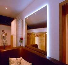 Zaczaruj swoje wnętrze taśmami i listwami Led...eksponuj to co wyjątkowe w pomieszczeniach, oświetlaj przedmioty, meble, sprzęt domowy. Uzyskaj piękne efekty świetlne przy małym...