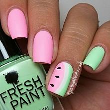 nails.1