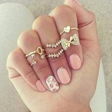 nails.5