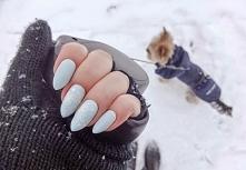 nails.9