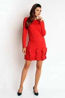 Czerwona sukienka z fantazyjną falbanką