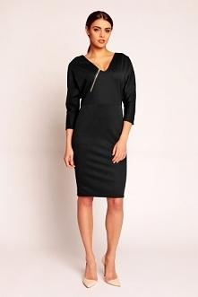 Czarna dopasowana sukienka z dekoltem w serek