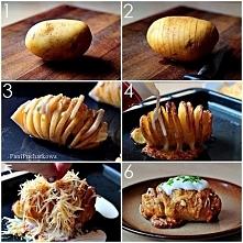 zapiekany ziemniaczek z szynką i serem ;p