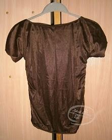 Własnoręcznie uszyta bluzka - po raz pierwszy! Na blogu (KLIK w zdjęcie) można zobaczyć ją już w użyciu. ;)