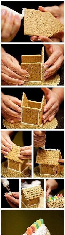 KROK PO KROKU jak stworzyć świąteczną chatkę z herbatników! Super dekoracja...