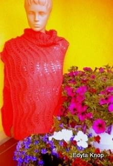 Zapraszam do zakupu-piękny elegancki czerwony szal dla każdej pani.Zrobiony z bardzo dobrej jakości włóczki.Wzór ażurowy i zarazem efektowny.Na życzenie klientki mogę zrobić szal w innym kolorze włóczki.Należy prać w 30 stopni wody ręcznie,w stanie rozłożonym.Zapraszam.Nie wysyłam zagranicę.