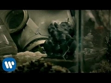 Green Day - 21 Guns [Official Music Video]