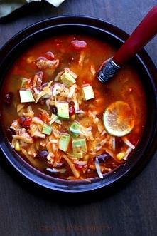MEKSYKAŃSKA ZUPA Z KURCZAKIEM  Zupa meksykańska z kurczakiem i mieszanką arom...