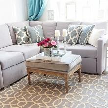 Wełniany dywan, gruby i miękki. Wspaniale prezentuje się w salonie. Kolor: sz...