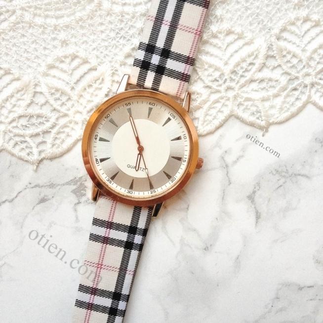W sklepie OTIEN dziś #blackfriday <3 przeceny 40% a nawet 50%!  + nowe modele zegarków, bransoletek i minimalistycznych pierścionków!   Sklep OTIEN