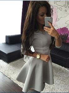 Sukienka do pracy za niewie...