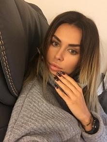 Natalia Siwiec wybrała My passion - lakier hybrydowy SPN Nails nr 542 ❤️   Na...
