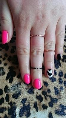 manicure hybrydowy, ręcznie...