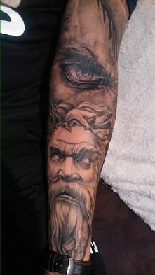 tatuaż rekaw motyw  anioły i demony