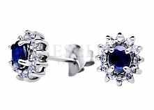 Klasyczny komplet srebrnej biżuterii - kolczyki i zawieszka z szafirem naturalnym i cyrkoniami - kolekcja GESELLE Jubiler