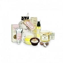 A co powiecie na prezenty w formie zestawu kosmetyków:)?