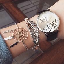 Zegarek i bransoletki. Więcej inspiracji na blogu, po kliknięciu w zdjęcie.