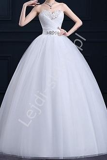 Klasyczna suknia ślubna w s...
