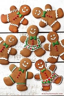 Gingerbread Men - piernikowe kruche ludziki bez glutenu. Przepis po kliknięciu w zdjęcie (maniapieczenia.com)