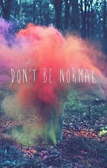 Normalności nudzi