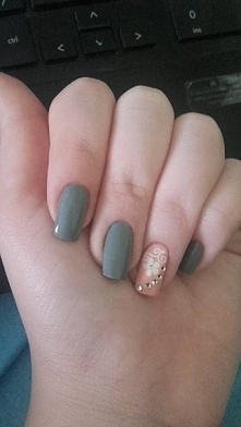 Moje paznokcie :) Nie jestem profesjonalistką, ale lubię malować swoje paznok...