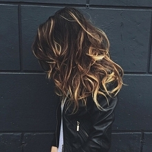 skoro tak lubicie oglądać włosy...;)