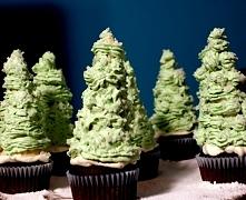 Muffinkowe choinki. Idealne na świąteczny stół. Cieszą nie tylko oko, ale też brzuszek! :)  Przepis w komentarzu !