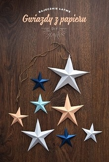 Świąteczne ozdoby DIY - gwiazdy z papieru