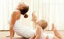 AKTYWNA MAMA – CZYLI MAMO, NIE REZYGNUJ Z GIMNASTYKI ❤️  Kobiety po porodzie ...