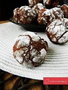 Czekoladowe popękane ciasteczka! :) pyszneeeeee <3