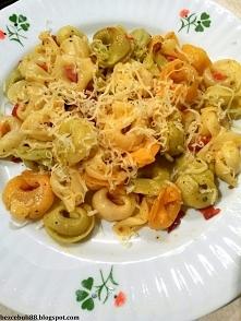 Tortellini z chorizo i suszonymi pomidorami