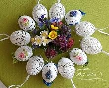 ażurowe pisanki z jaj kurzych