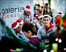 Chłopaki z Asseco życzą wesołych świąt :D <3