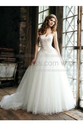 Sincerity Bridal Wedding Dresses Style 3656  $312.99(53% off)  2016 wedding dress,cheap wedding dresses online,plus size wedding dresses,wedding dress for sale,wedding dress prices
