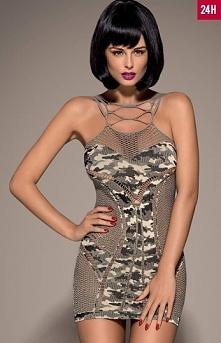 Obsessive Dress D604 koszulka dzianinowa sukienka z żołnierskim motywem, aplikacja moro delikatnie zakrywa biust oraz okolice majteczek, połączone sznureczki na dekolcie podkreś...