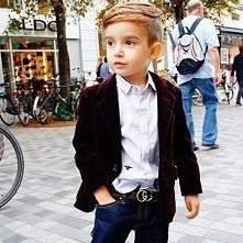 Świetna fryzura właśnie taką ma obecnie mój synek ;)