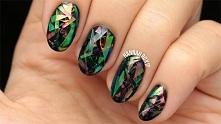 Manicure w stylu glass nails krok po kroku, wystarczy kliknąć w zdjęcie
