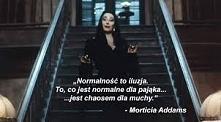 Morticia to jest kobieta